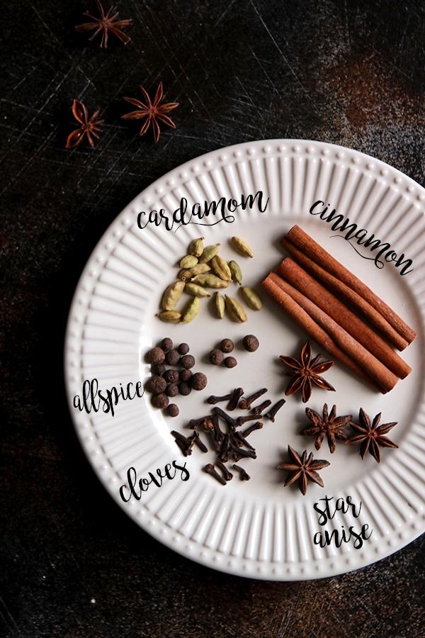 German Mulled Wine (Gluhwein) - Ingredients: Spices