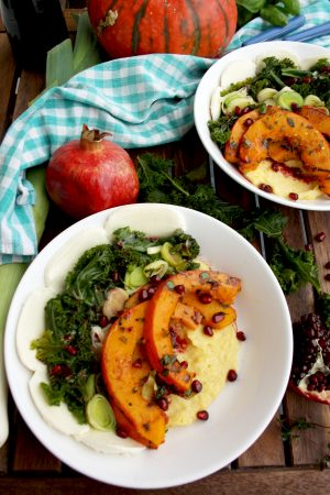 Pumpkin and Kale with Creamy Polenta: Easy, quick and healthy weekday dinner + 14 more healthy and quick dinner ideas. Delicious, flavorful and easy!