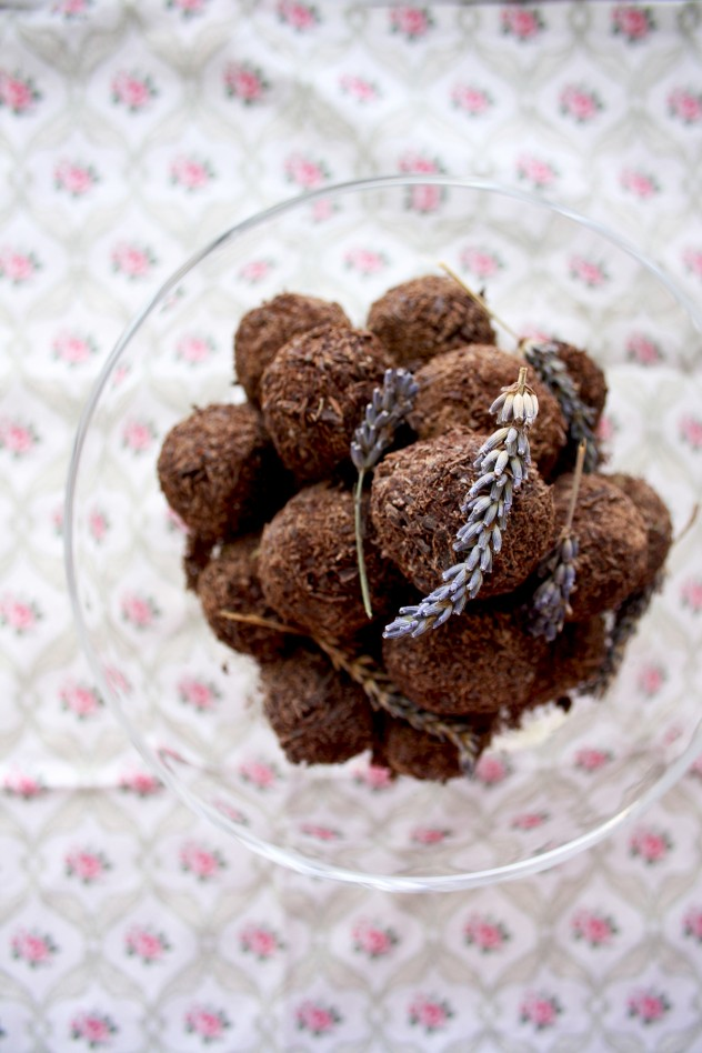 Three Delicious Chocolate Truffles Recipes. Three amazing favors: dark chocolate with cardamom or lavender and white chocolate with lemon and pistachios.