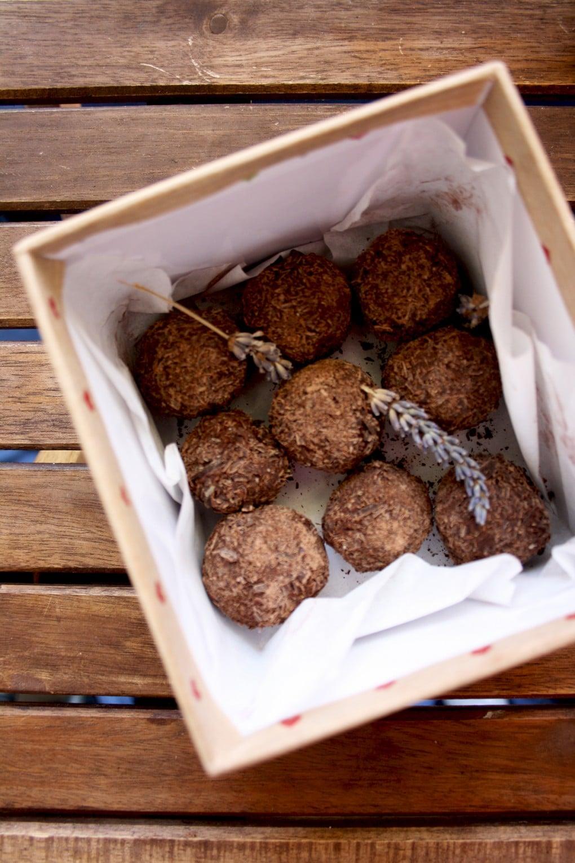 Three Chocolate Truffles Recipes - Dark Chocolate Truffles with Lavender and Honey