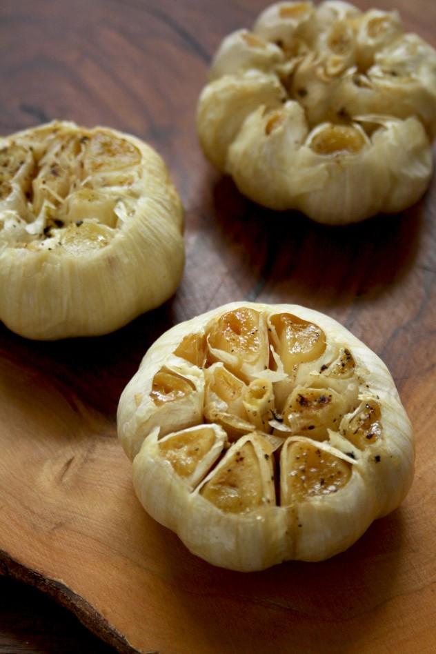 Roasted Garlic Dressing - Roasted Garlic on the Table