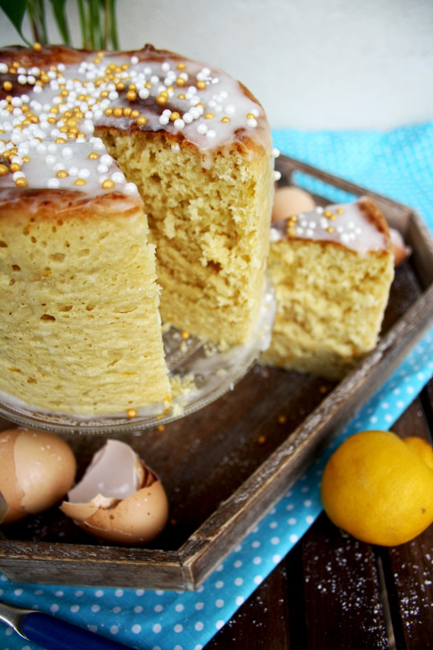 Russian Kulich (sweet Easter bread) is fluffy, fragrant, soft and aromatic. This recipe is healthier and less time-consuming than the original. This kulich doesn't go stale for more than 10 days!