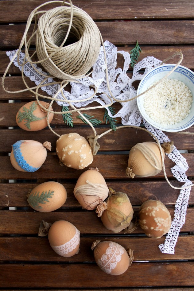 Natural Egg Dye with Onion Skins: My grandmother's traditional Russian recipe. The most beautiful, cheap, easy and natural egg dye for your Easter brunch. It gives an amazing range of various shades of red and brown.
