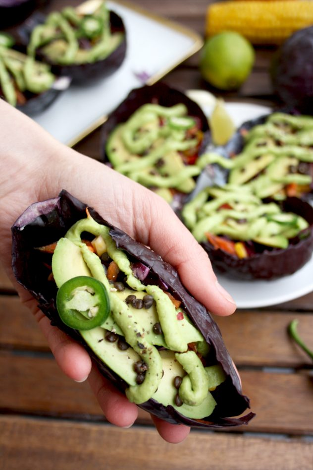 Mexican Raw Vegan Bowls with Guacamole Dressing Served in Cabbage Leaves: Easy and healthy mess-free snack full of Mexican flavors, nutrients and veggie goodness.