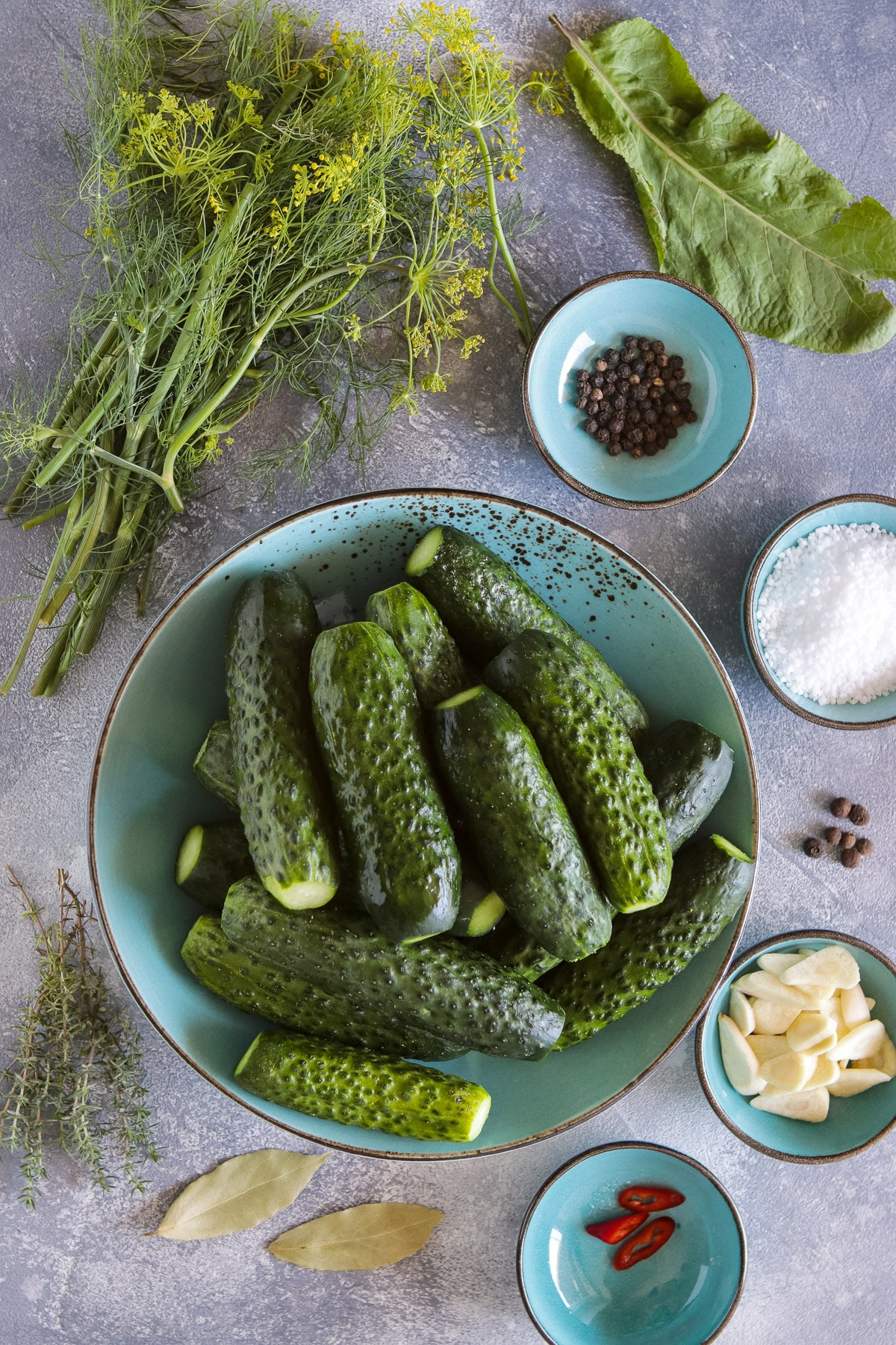Ingredients for Russian dill pickles