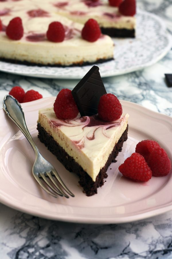 Healthy Brownie Cheesecake • Happy Kitchen.Rocks