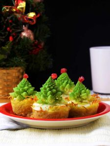 Christmas tree mini quiches happy kitchencks christmas tree mini quiches recipe is easy delicious and healthy these potato based forumfinder Gallery