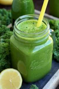 The only kale smoothie recipe you'll ever need: not only good for you, but also delicious! This detoxifying protein-packed green smoothie tastes amazingly refreshing and only takes 5 minutes to make!