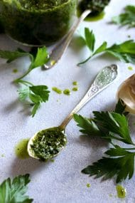 Easy 5-Minute Chimichurri Sauce