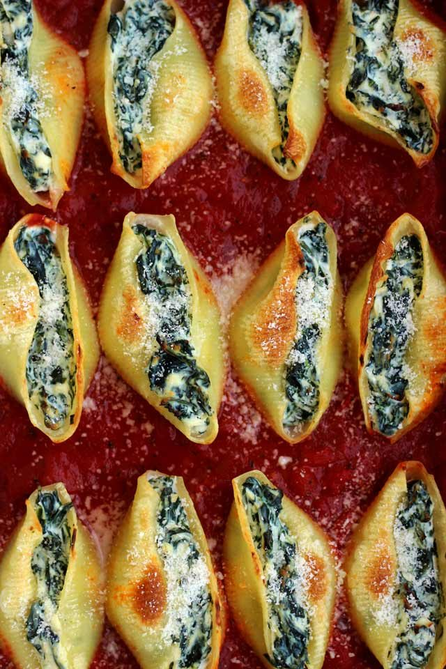 5 Ingredient Stuffed Shells with Spinach and Ricotta - Overhead Closeup on the Dish