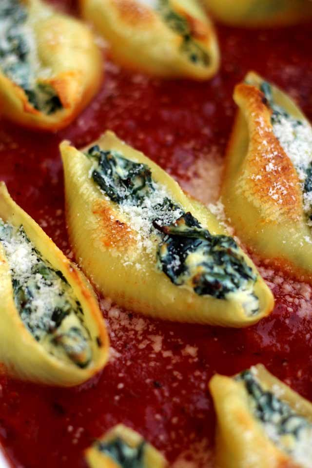 5 Ingredient Stuffed Shells with Spinach and Ricotta - Healthy and Delicious Recipe