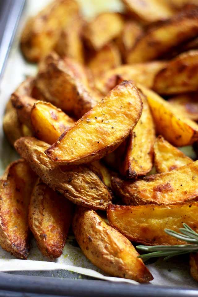 Easy Baked Potato Wedges - the Result after Baking
