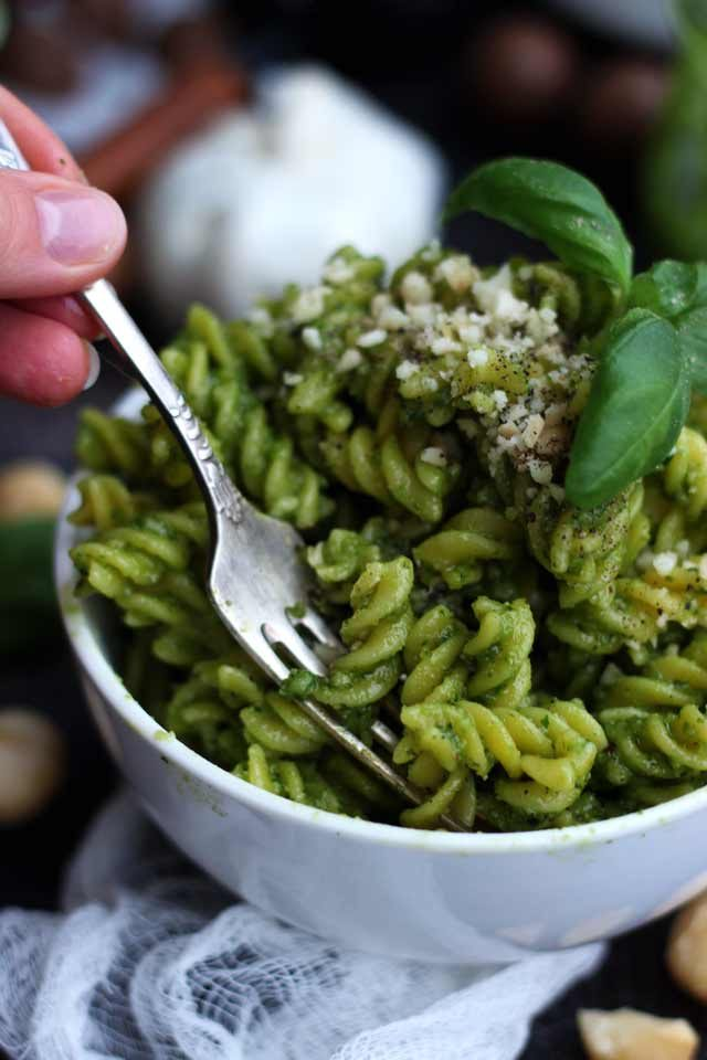 The only Vegan Pesto recipe you'll ever need! This delicious, cheesy and healthy vegan pesto sauce contains 5 ingredients and only takes 5 minutes to make. Serve it with pasta, bread, grilled vegetables or potatoes. Only 186 calories per serving!