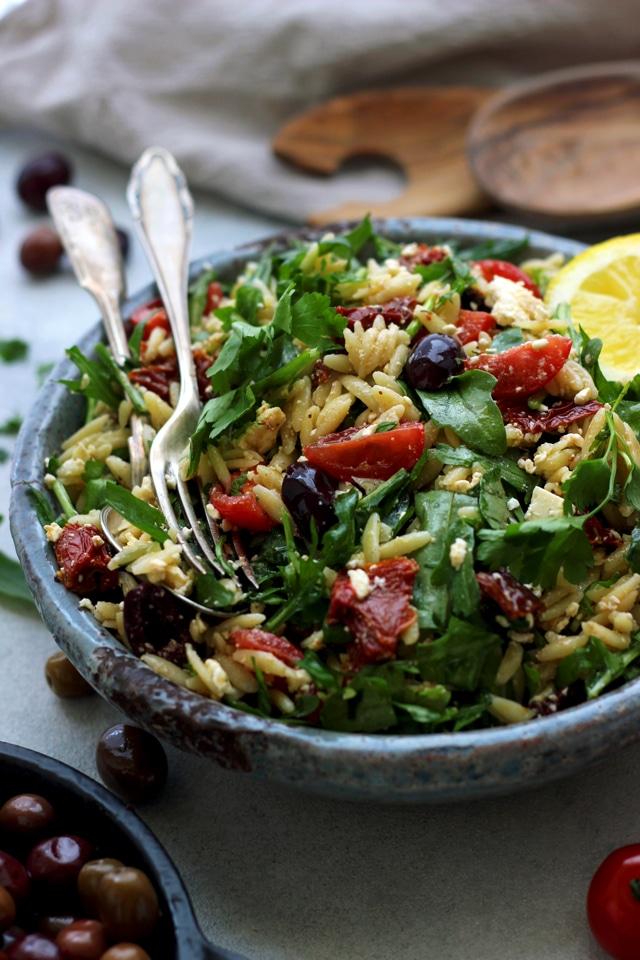 Easy Greek Orzo Salad • Happy Kitchen.Rocks