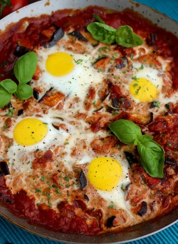 The Best Shakshuka Recipe - Mouthwatering Pan Closeup