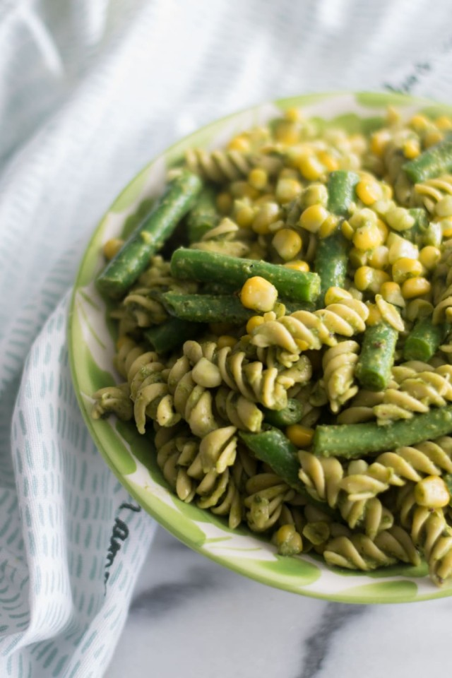 Vegan Pesto Pasta Salad with corn and green bean