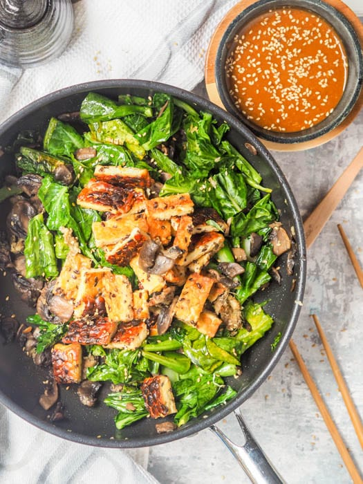 Tempeh Stir Fry with Spicy Tahini Sauce