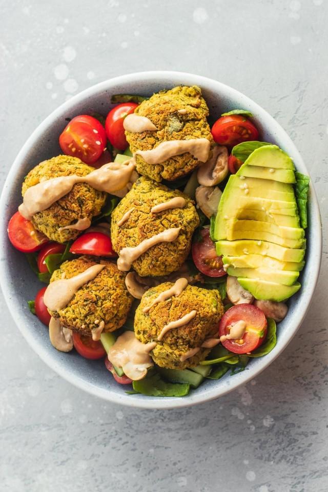 Falafel Salad With Tahini Dressing