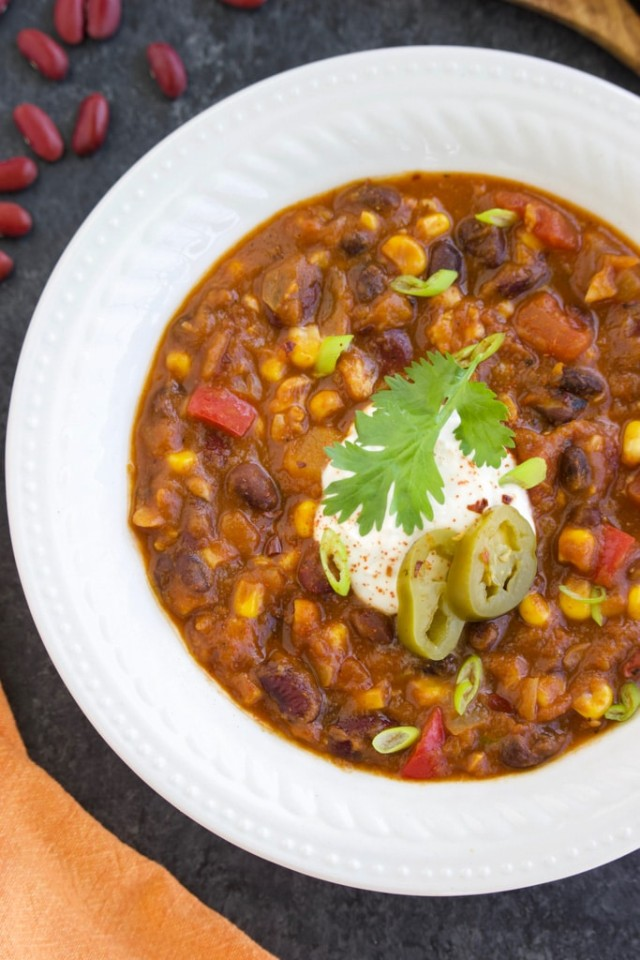 Easy Vegan Tempeh Chili