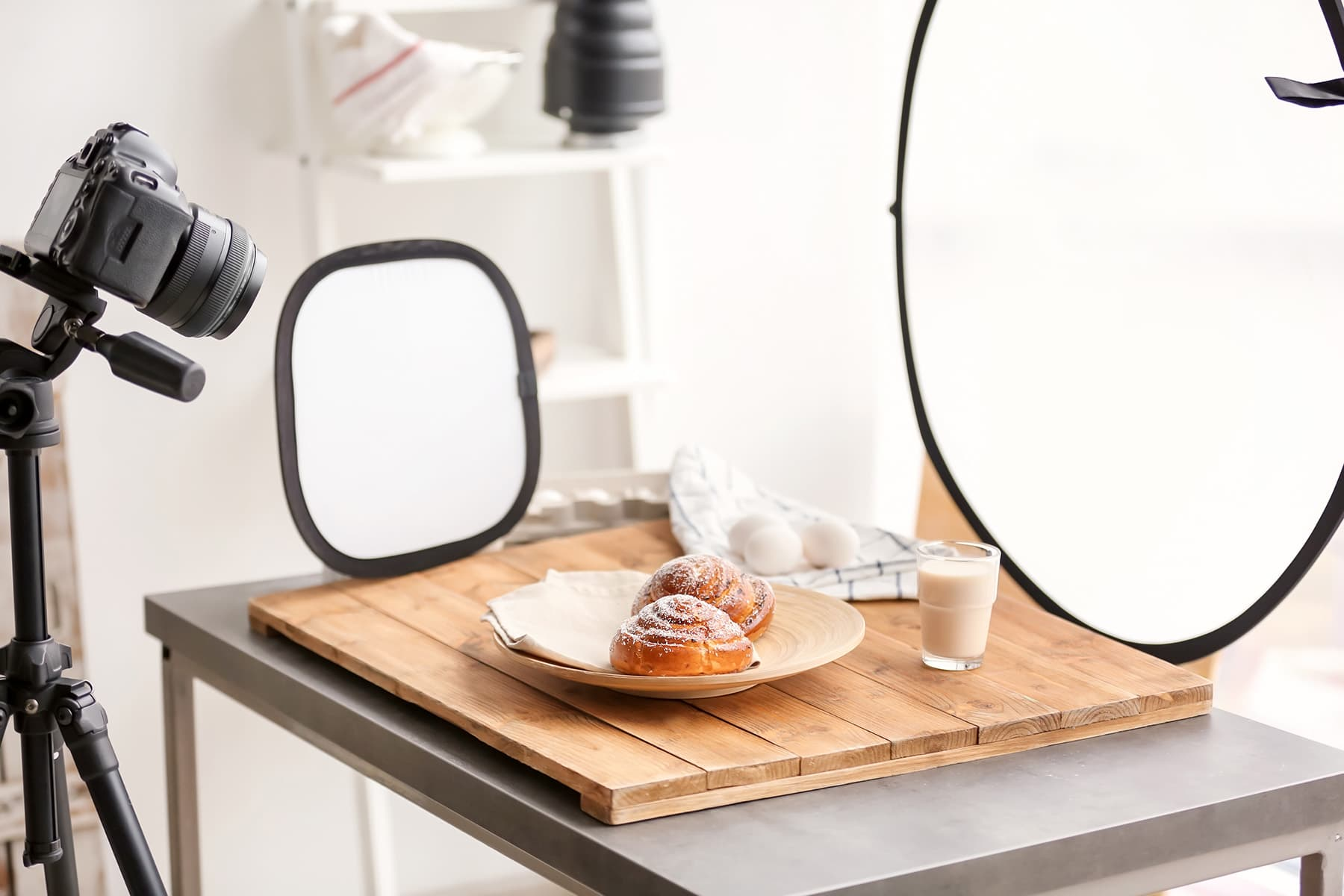 Photographing Food Basic Setup with a Tripod Diffuser and Reflector